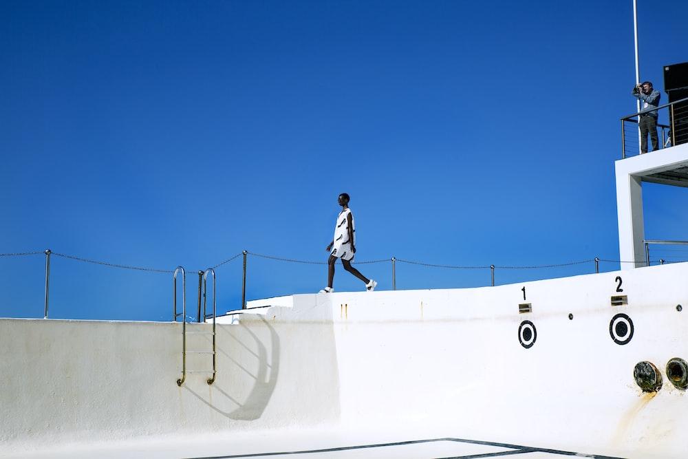 woman wearing white dress illustration