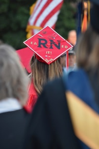 square red academic cap