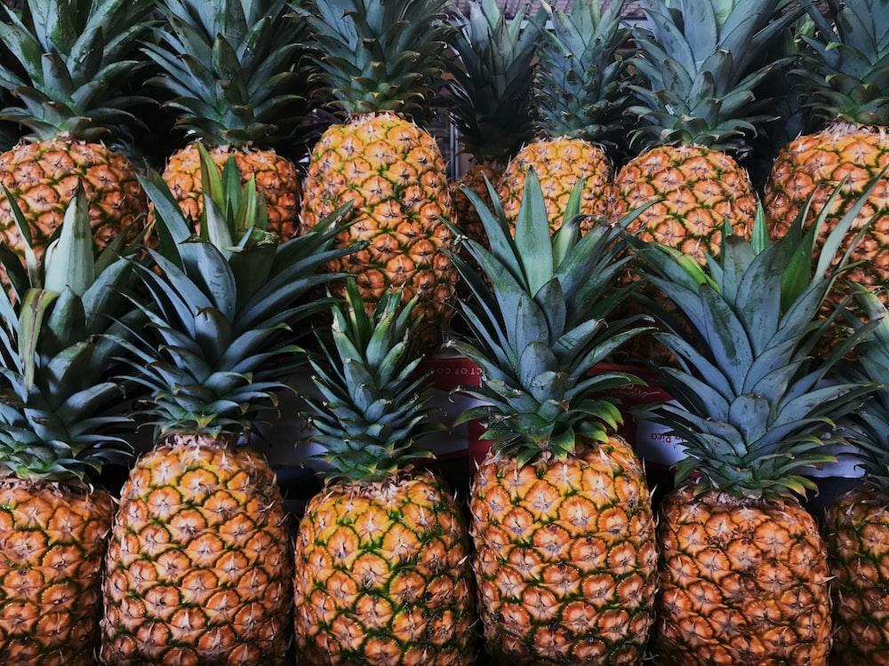 pineapple fruit lot