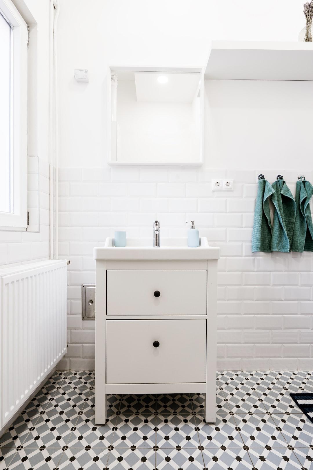 100+ Bathroom Pictures   Download Free Images on Unsplash