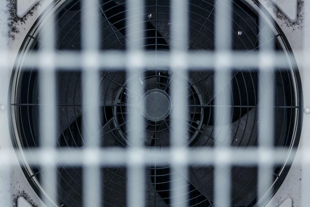 white box fan