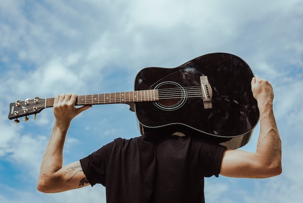 THE BENEFITS OF PLAYING MUSIC