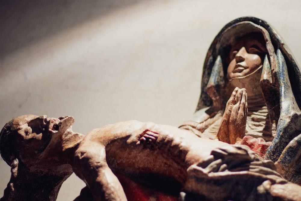 Mary and Jesus Christ figurine