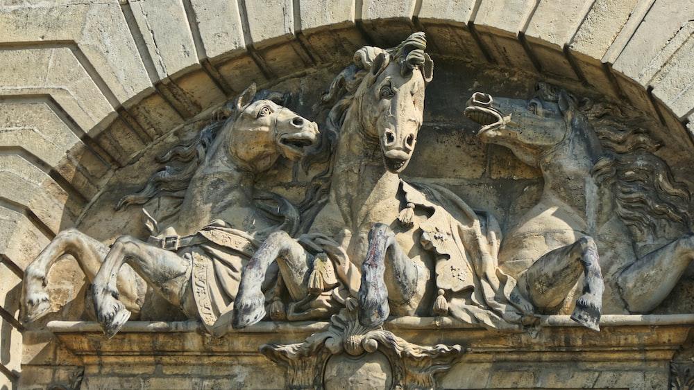 herd of horses statue