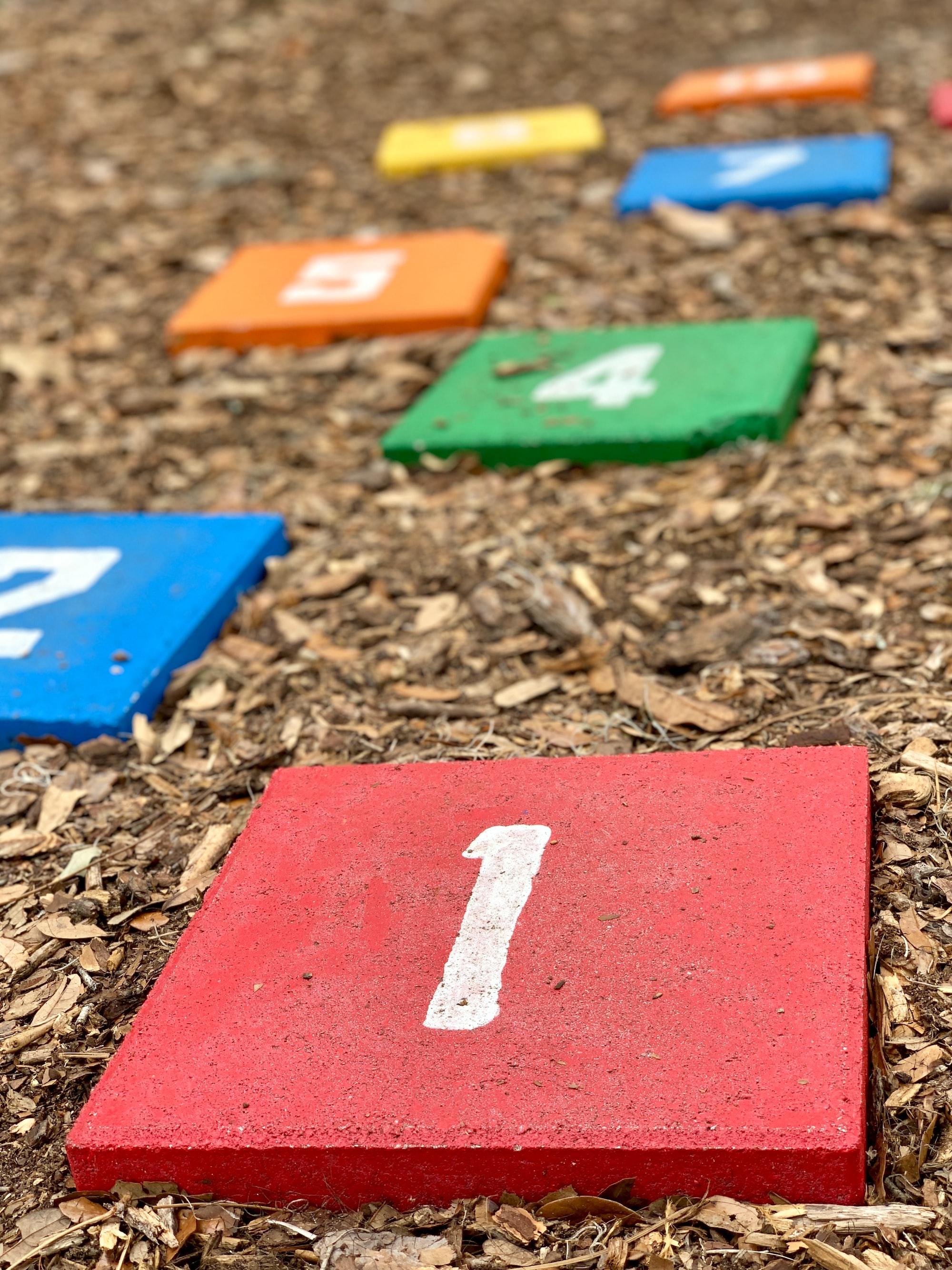 Spielplatzsanierung und Erhöhung der Kinderbetreuungs-Beiträge