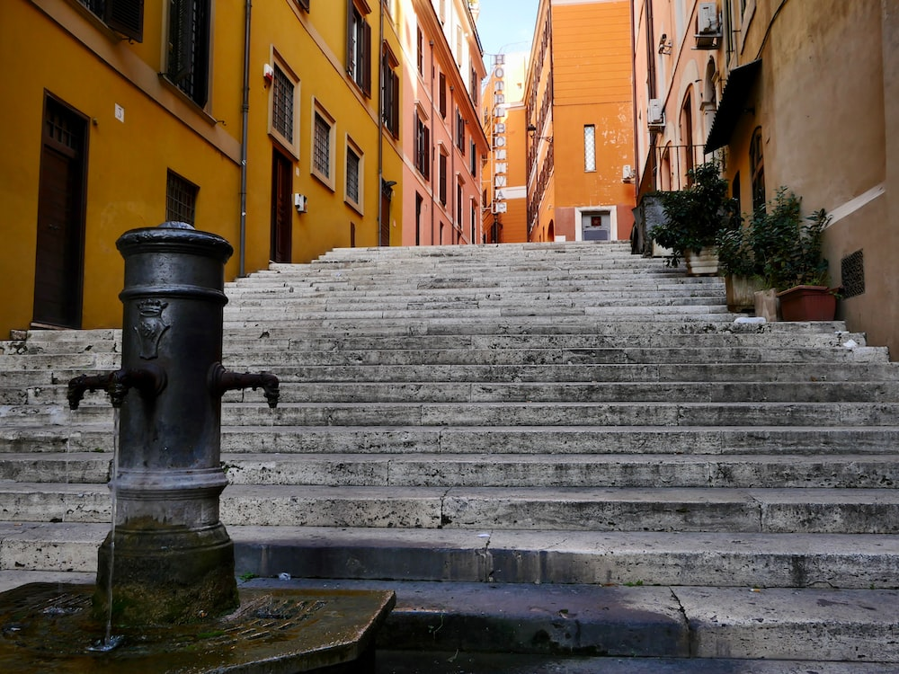 Water, hydrant, fire hydrant and banister | HD photo by Massimo