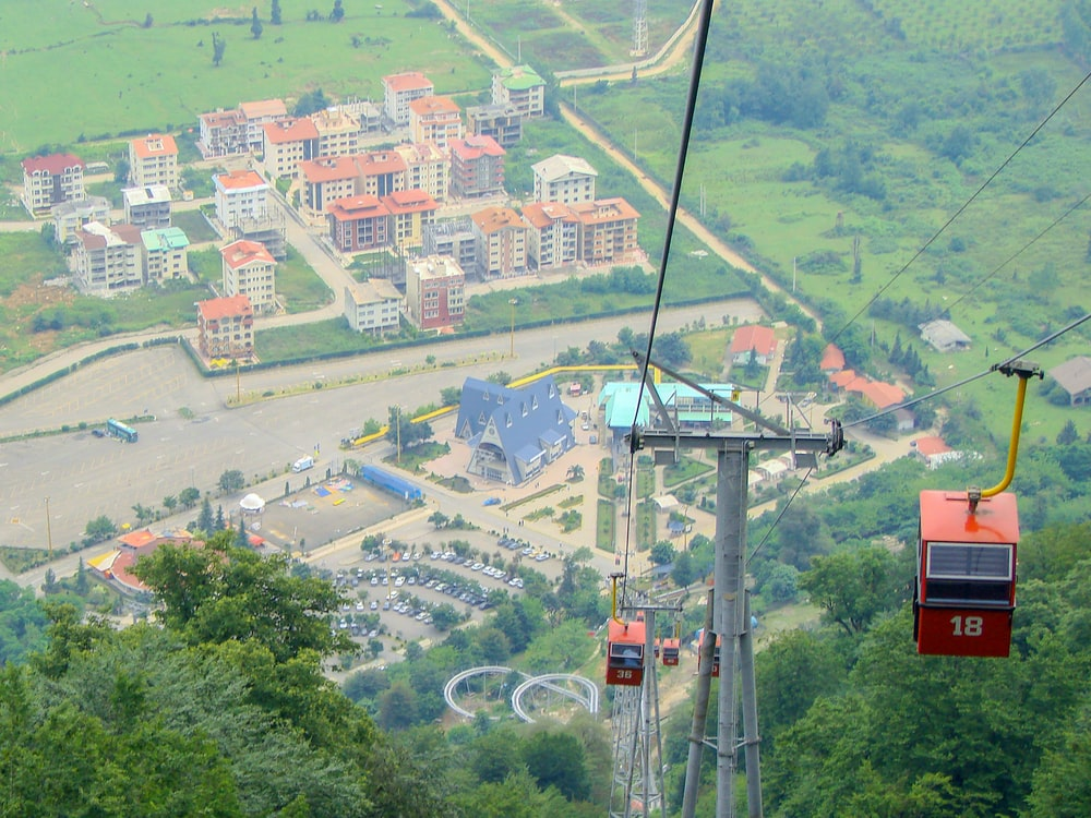 red cable cars