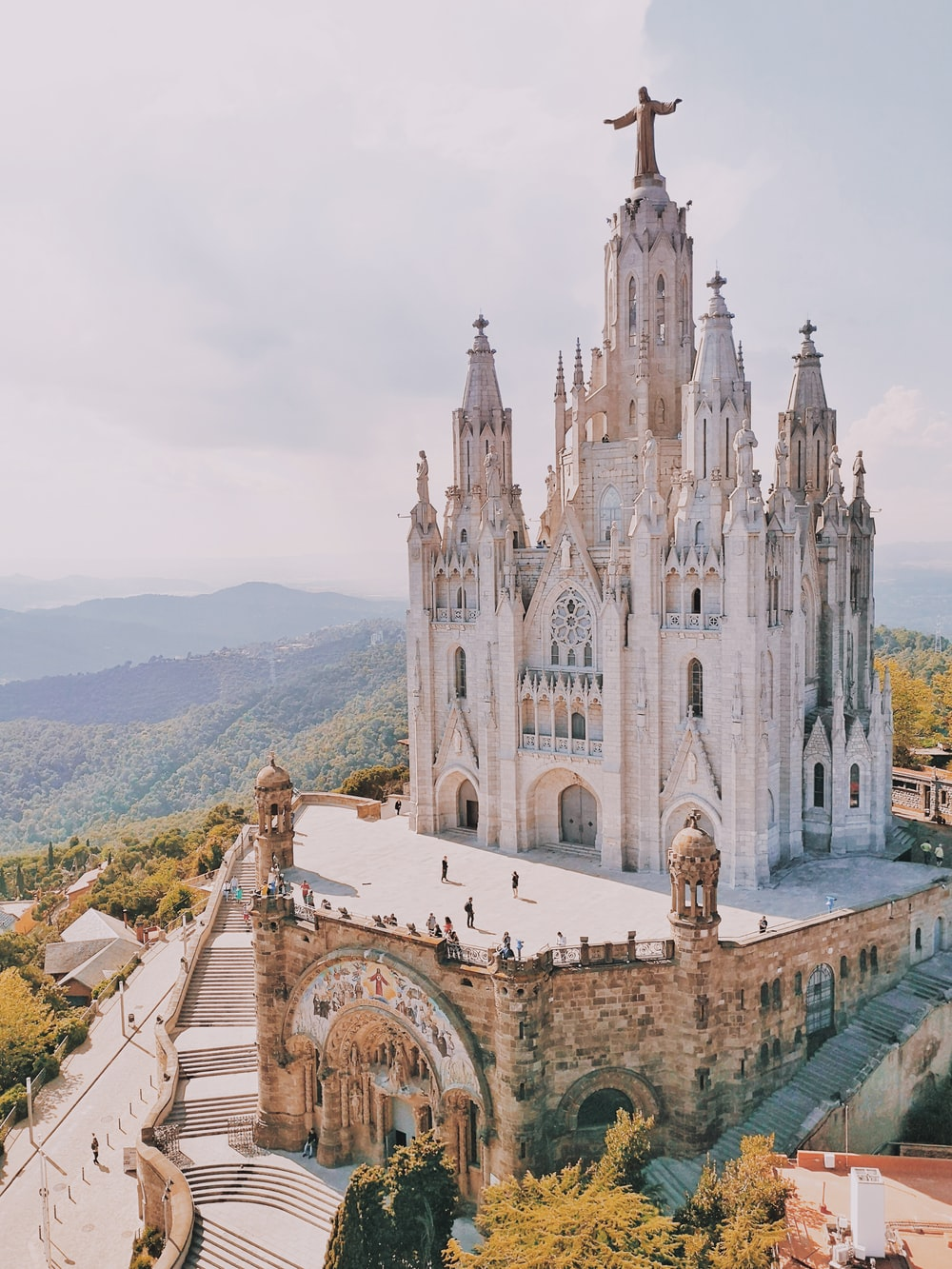 100 Beautiful Barcelona Pictures Download Free Images On Unsplash