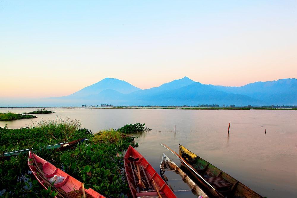 wooden boats at the lake