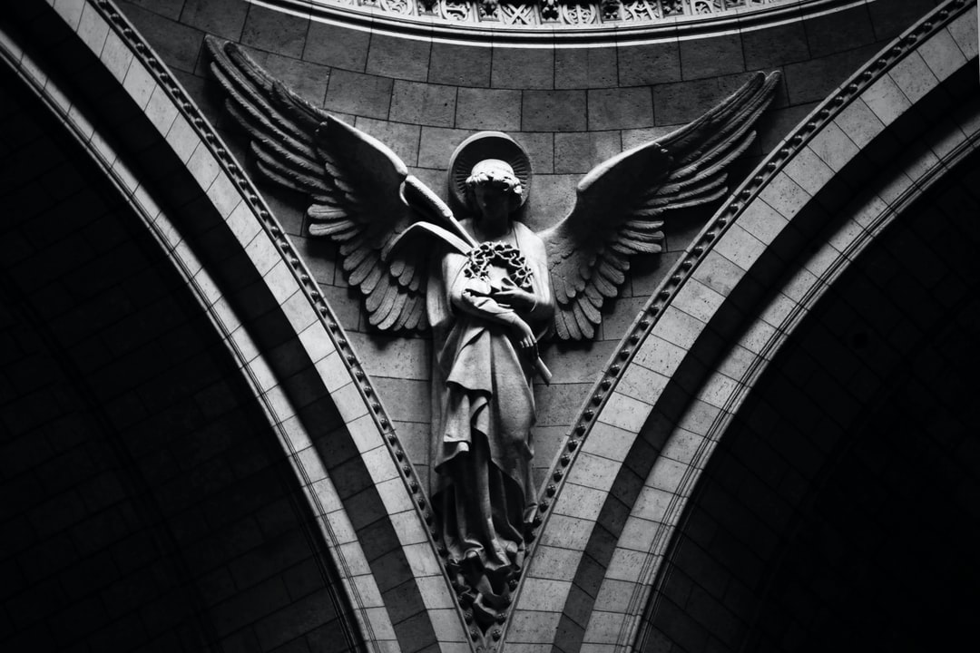 7 Warnings The Angels Use To Keep You Safe