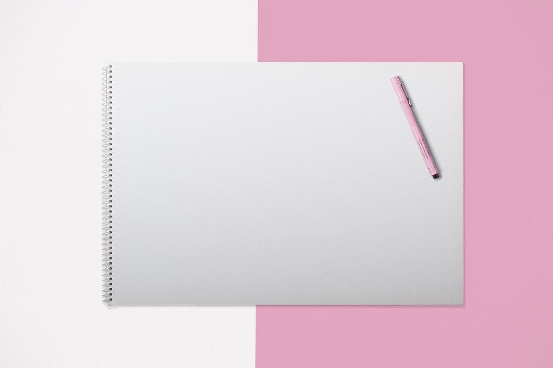 Jakie korzyści daje posiadanie księgi znaku? | Leszek Król wsparcie i mentoring dla branży kreatywnej