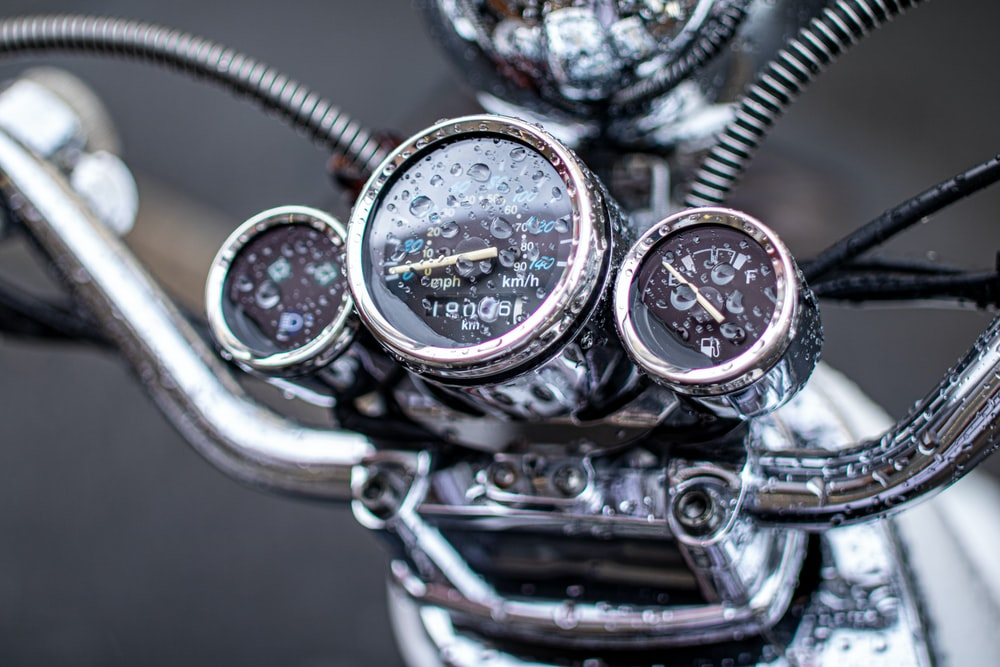 silver motorcycle instrument panel cluster