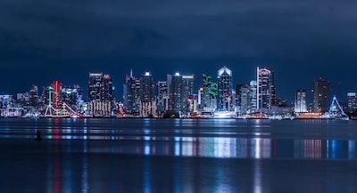 cityscape at night neo-impressionalism zoom background