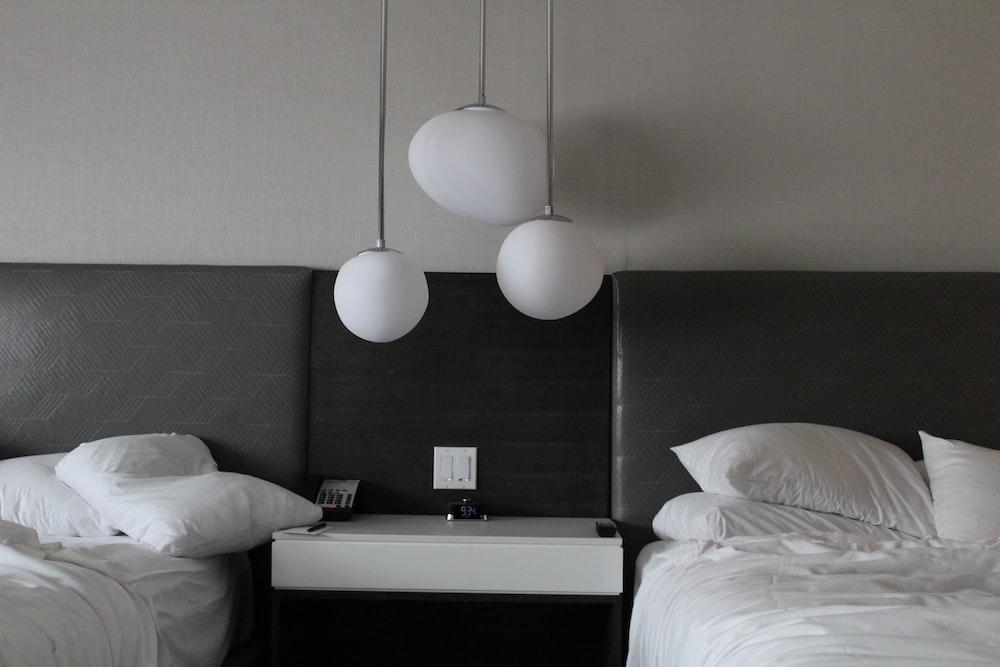 two white comforter set