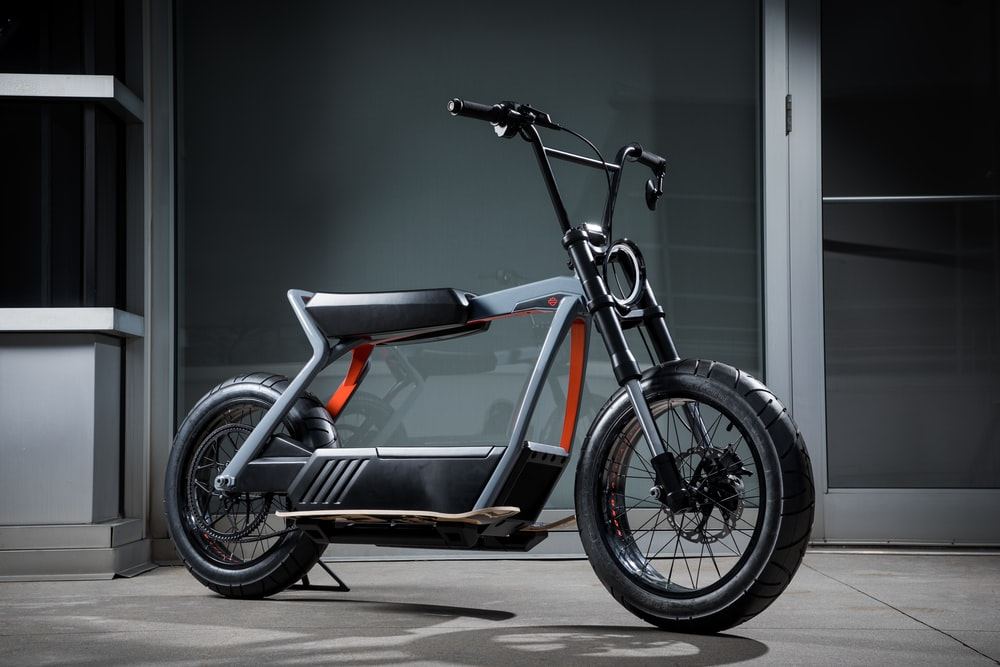 black and grey electric minibike