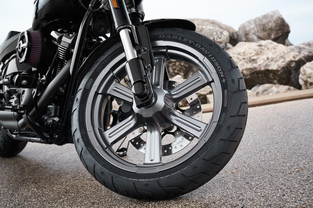 Closeup Photography of Black Motorcycle - unsplash