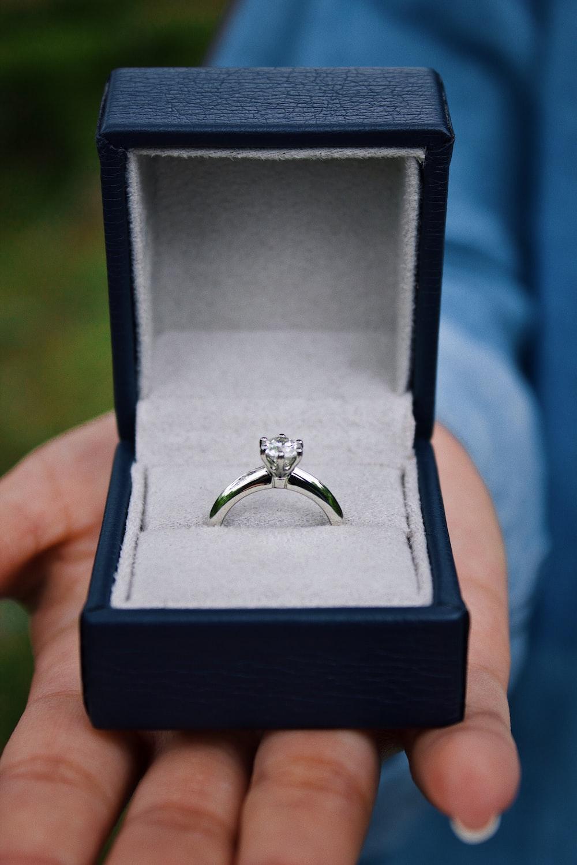 Wedding Ring Finger Cuba Regarding Wedding Ring Sets Engraved