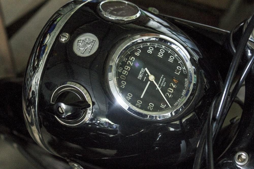 gray speedometer