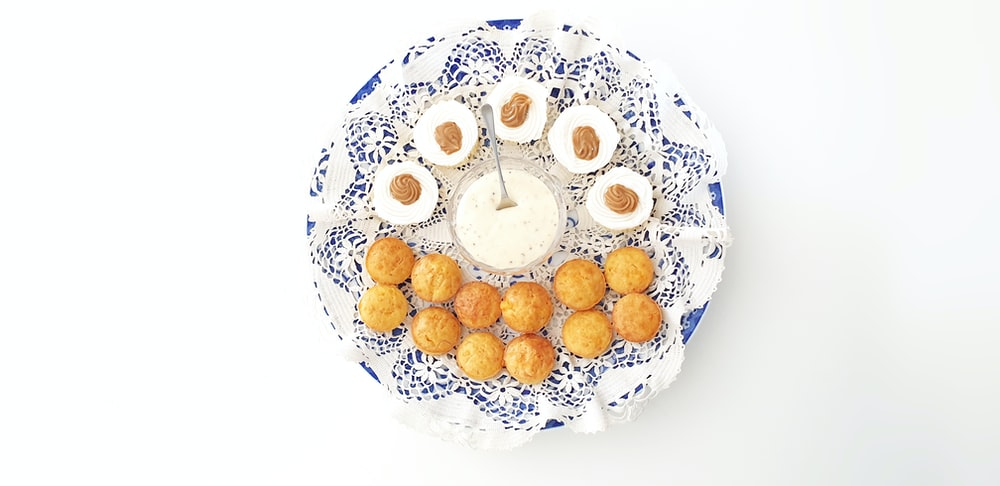 cooked food with dip