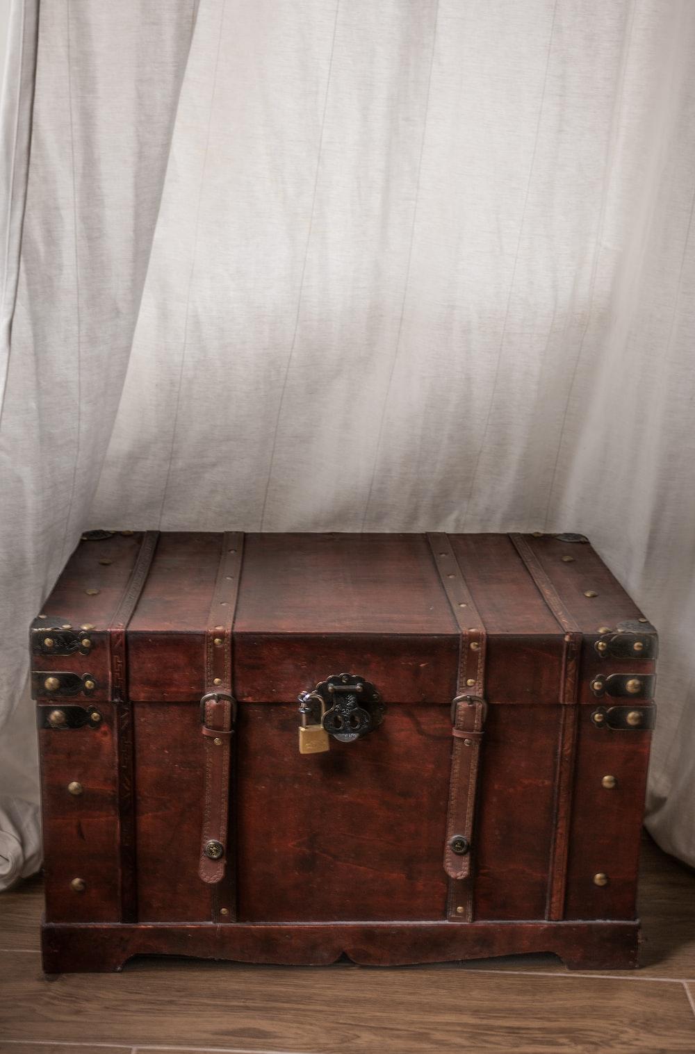brown wooden trunk