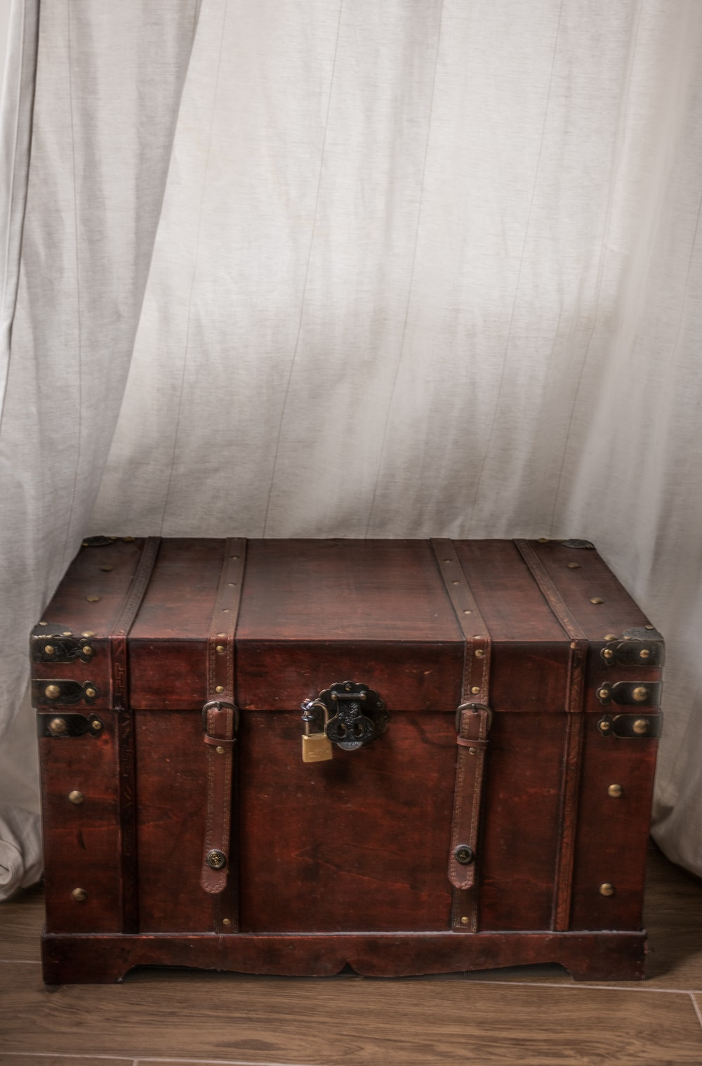 brown wooden trunk