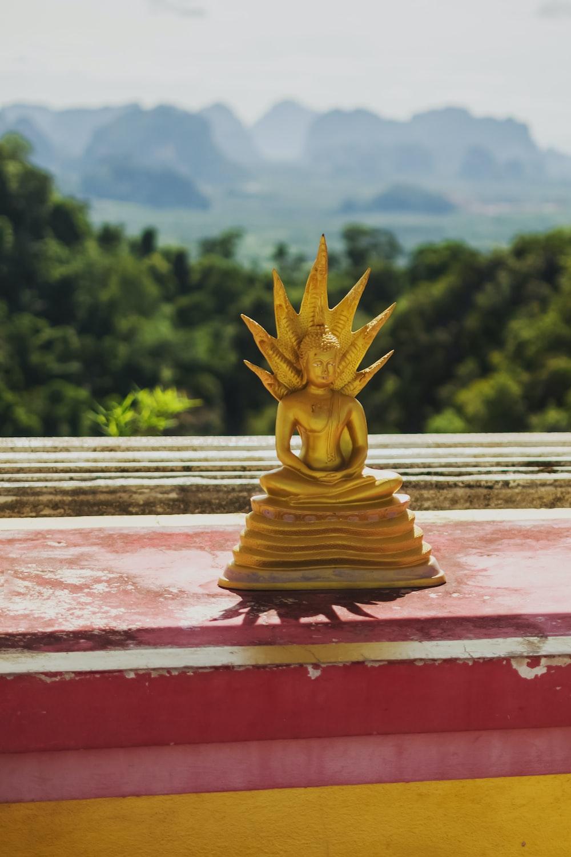 gold buddha figurine