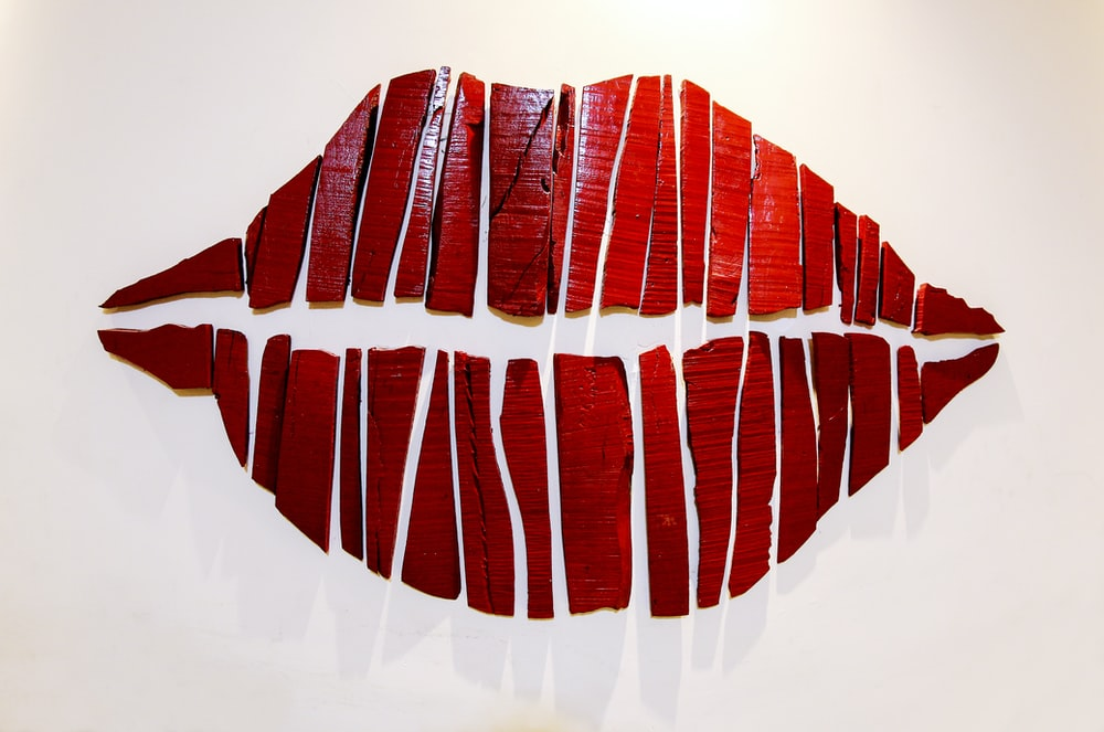 red lip wall decor
