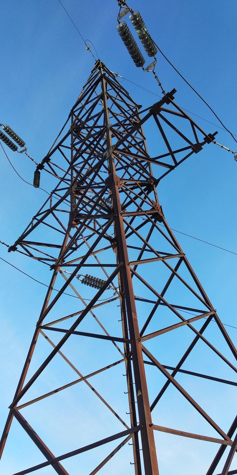 brown transmission tower