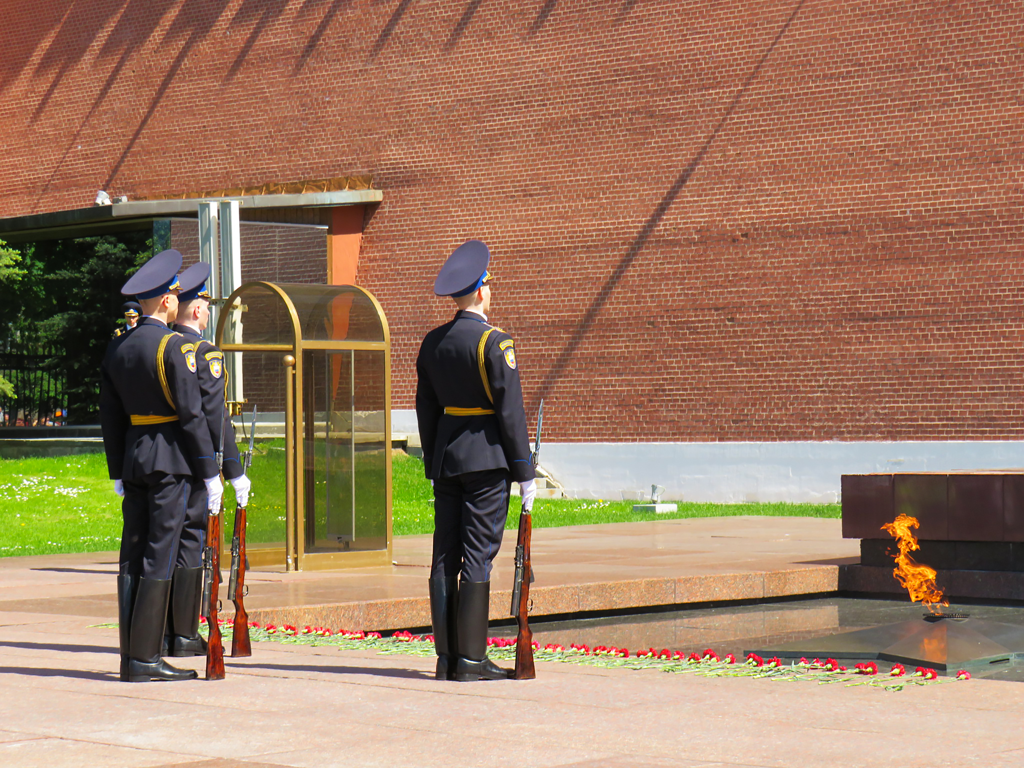 Guard of honor standing at the Eternal Flame on the Red Square in Moscow