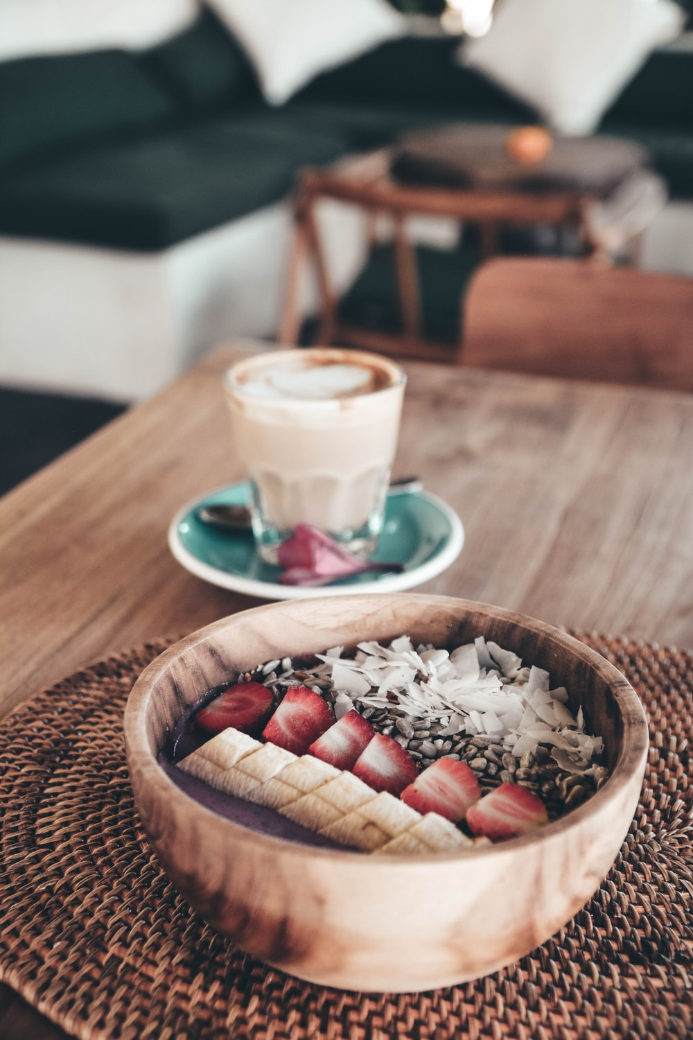 food photography of sliced bananas and strawberries beside rice
