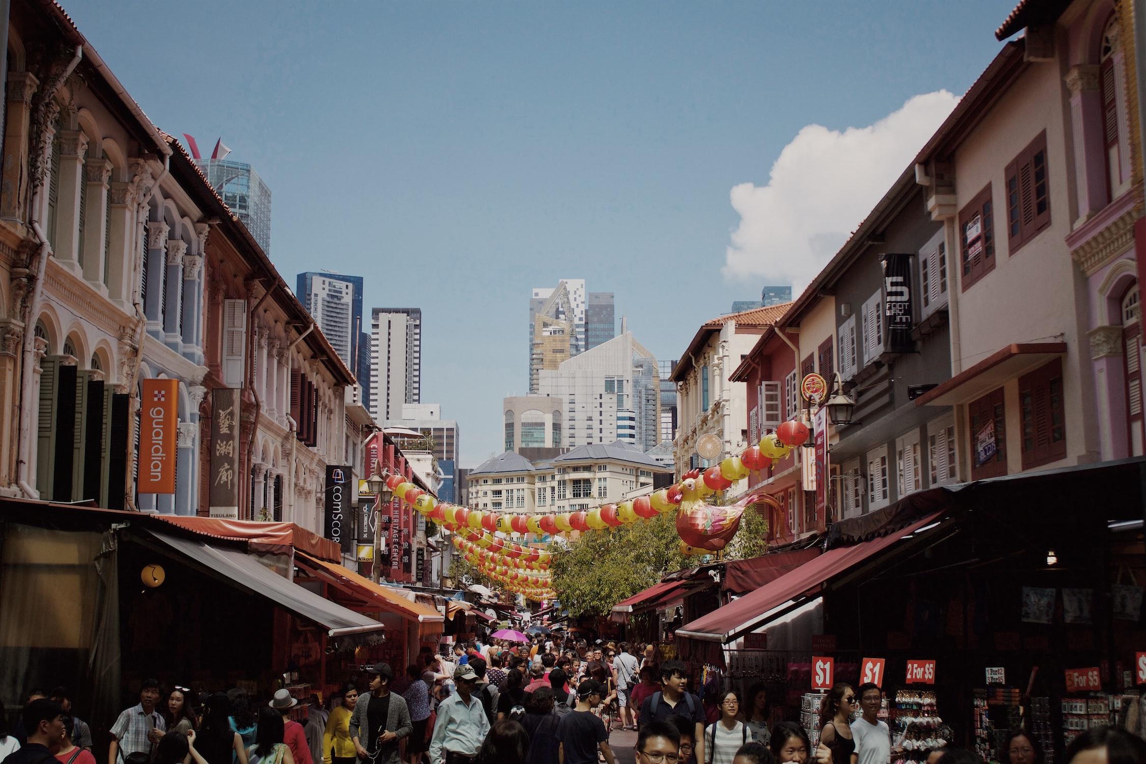 Thị trường lao động, hiện trạng, cơ hội và thách thức