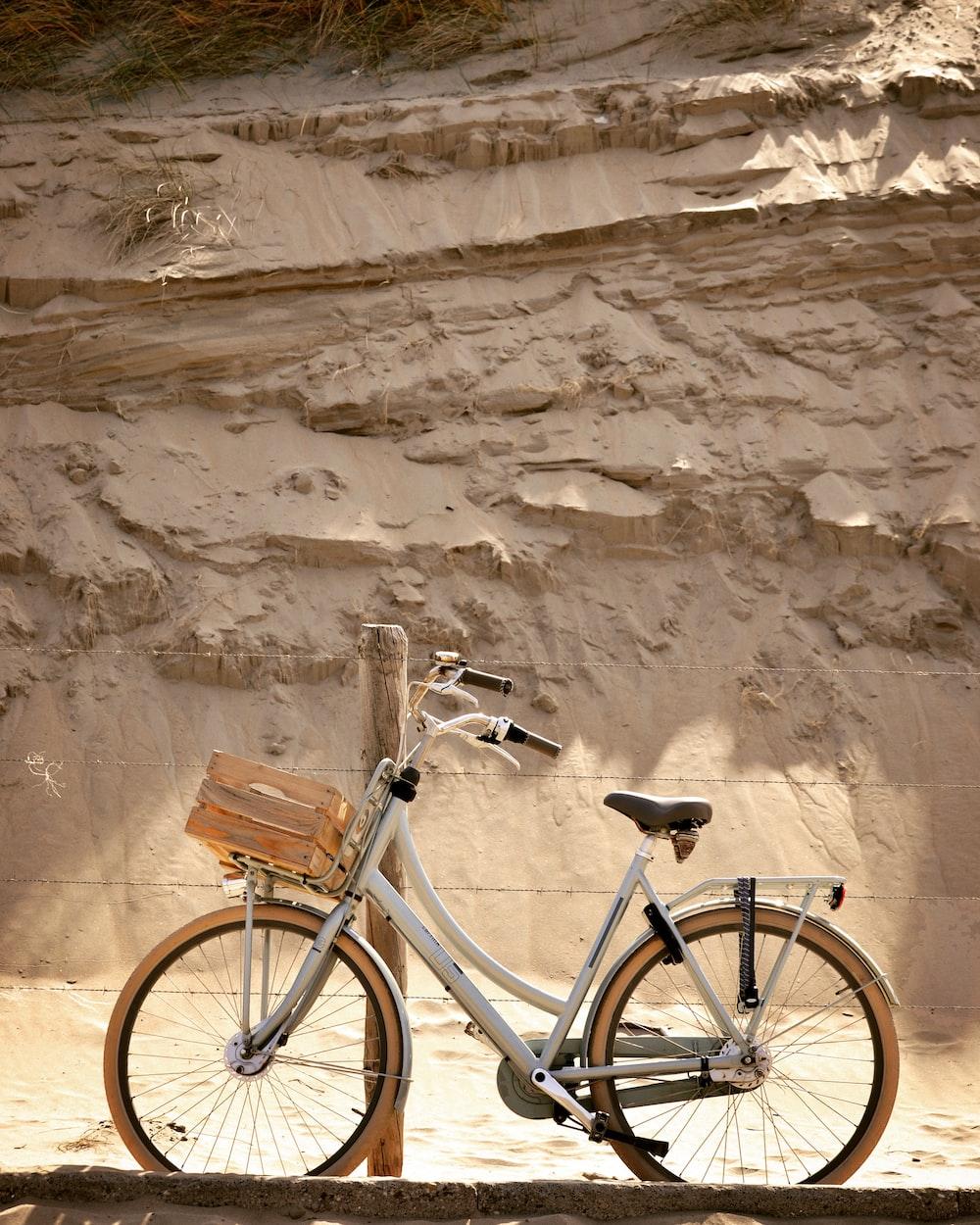 white city bike