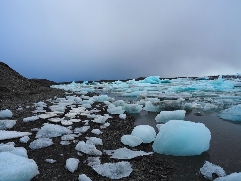 pile of ice bergs
