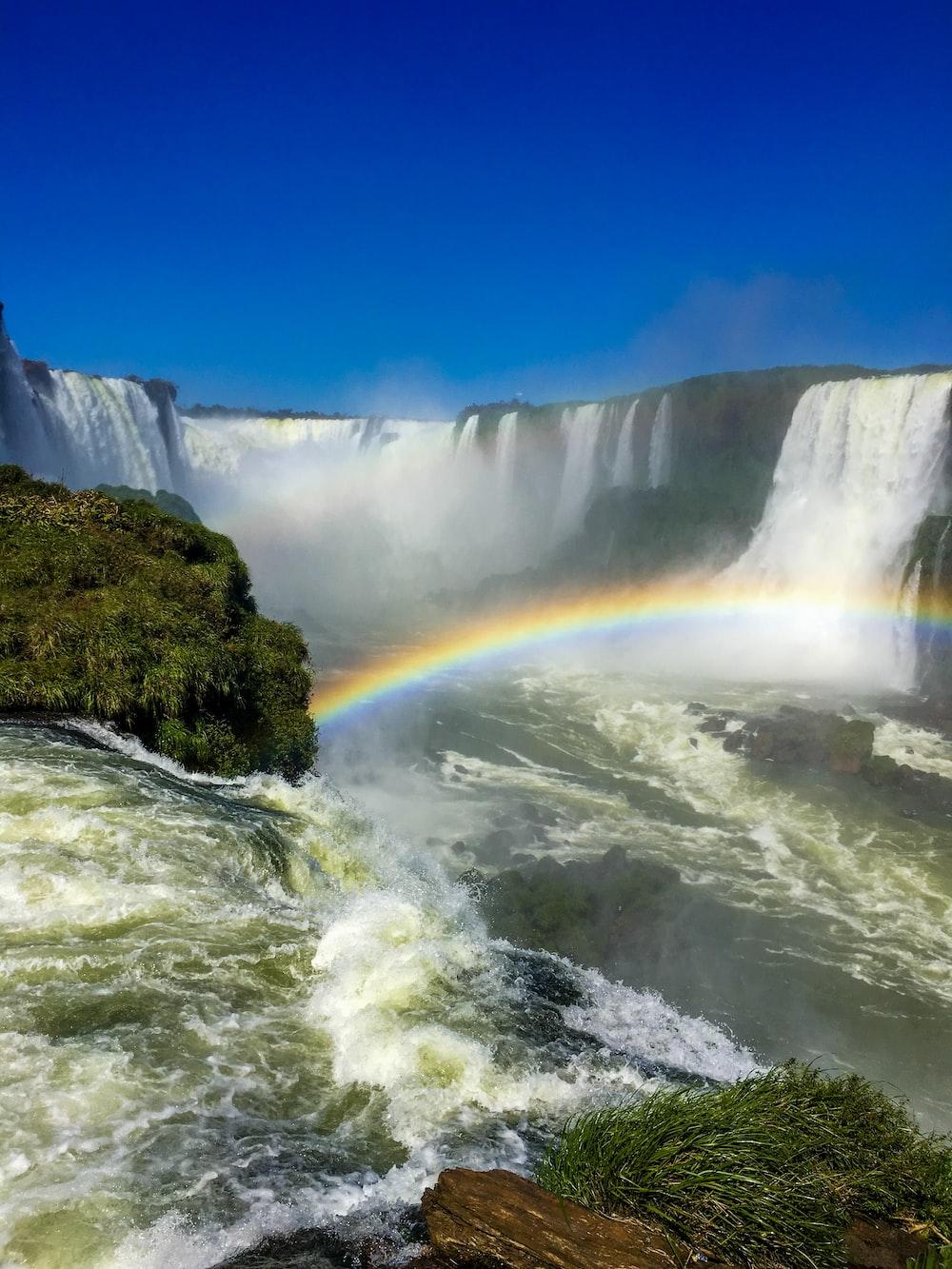 Niagara falls showing rainbow