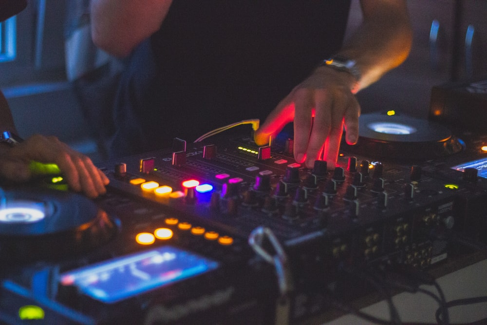 100+ Dj Pictures [HD] | Download Free Images on Unsplash