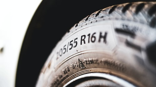 Why You Need to Regularly Change Your Car Tires