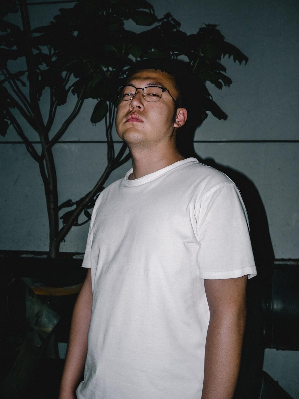 man wearing white t-shirt