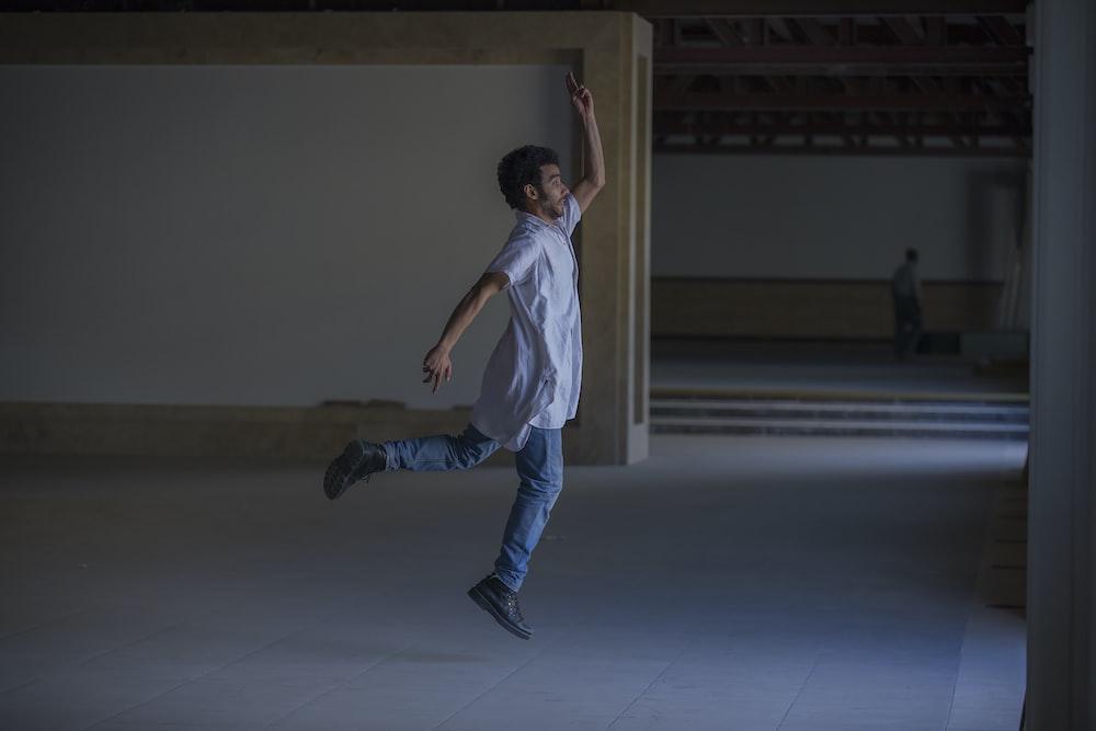 man dancing jazz