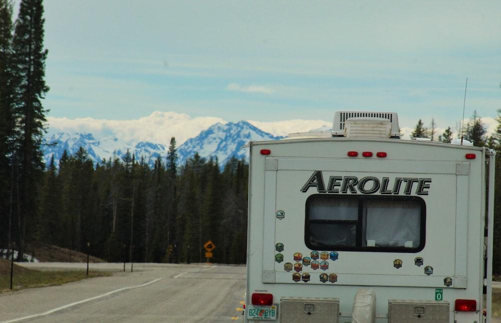 white Aerolite truck