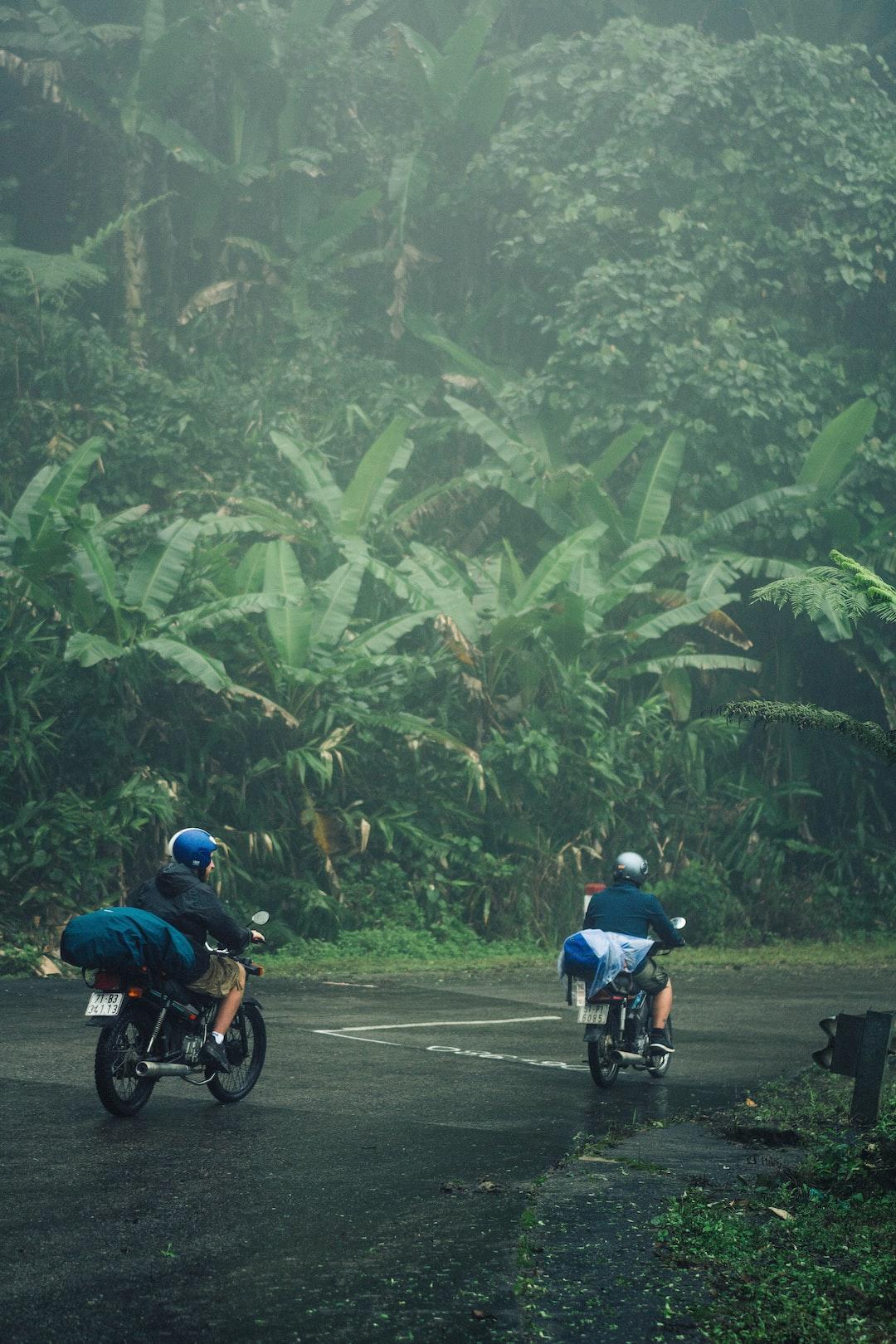 Zweirad-Urlaub: Motorrad packen