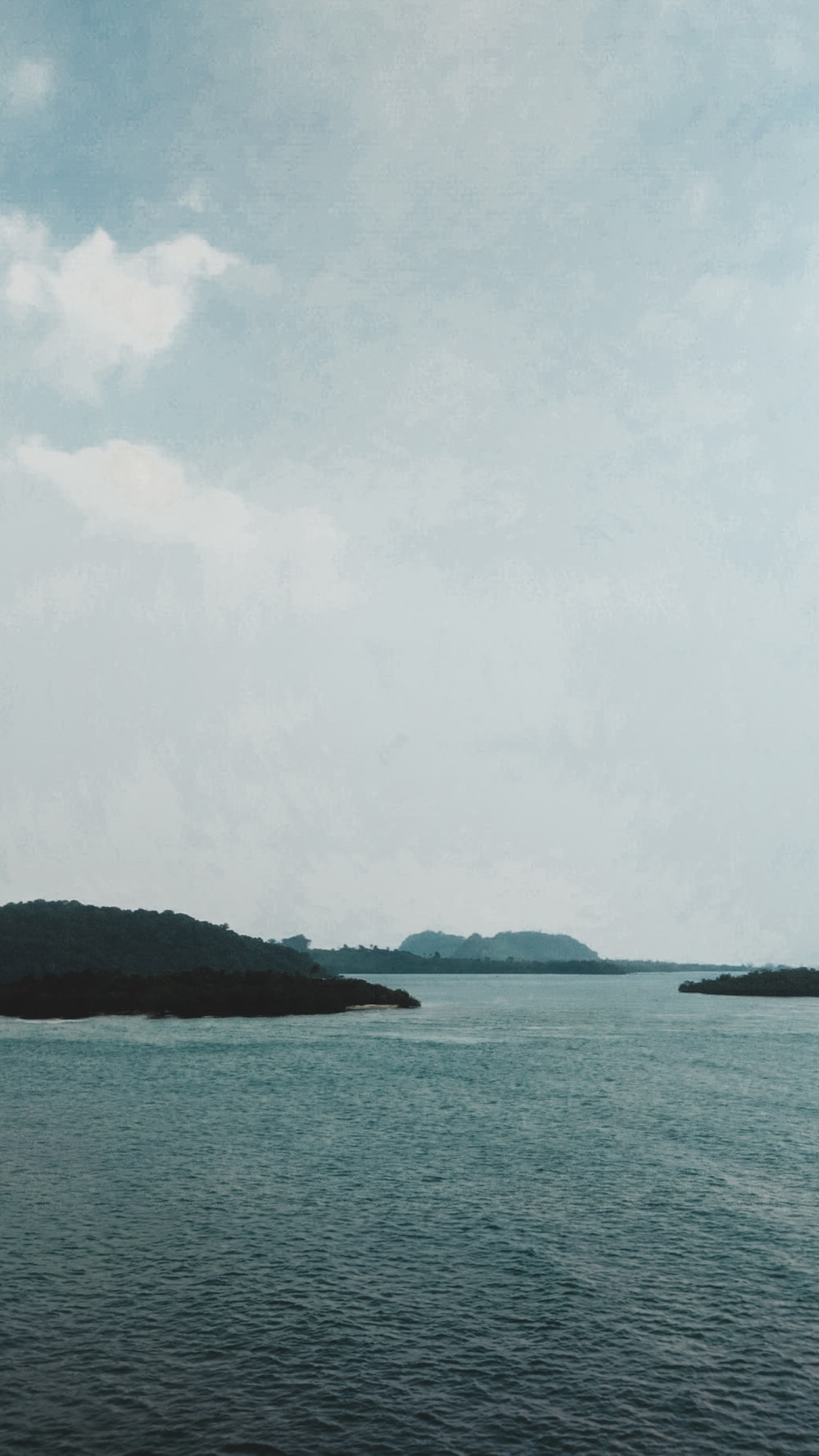 body of water near isle