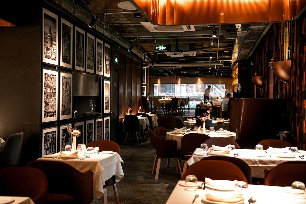 restaurant close-up photography