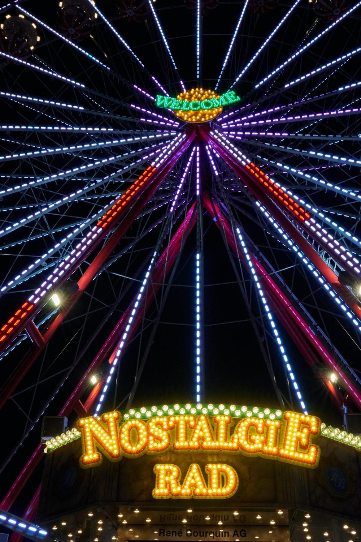 Nostalgie Rad neon signage