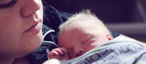 לידה והפרעה פוסט טראומטית (PTSD)