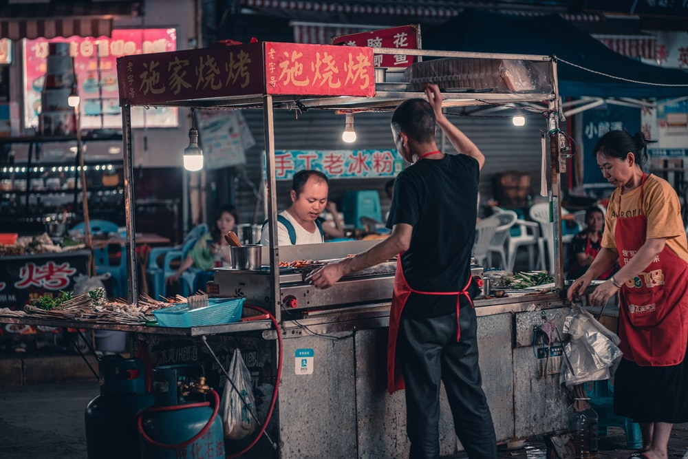 gray food stall on focus photography