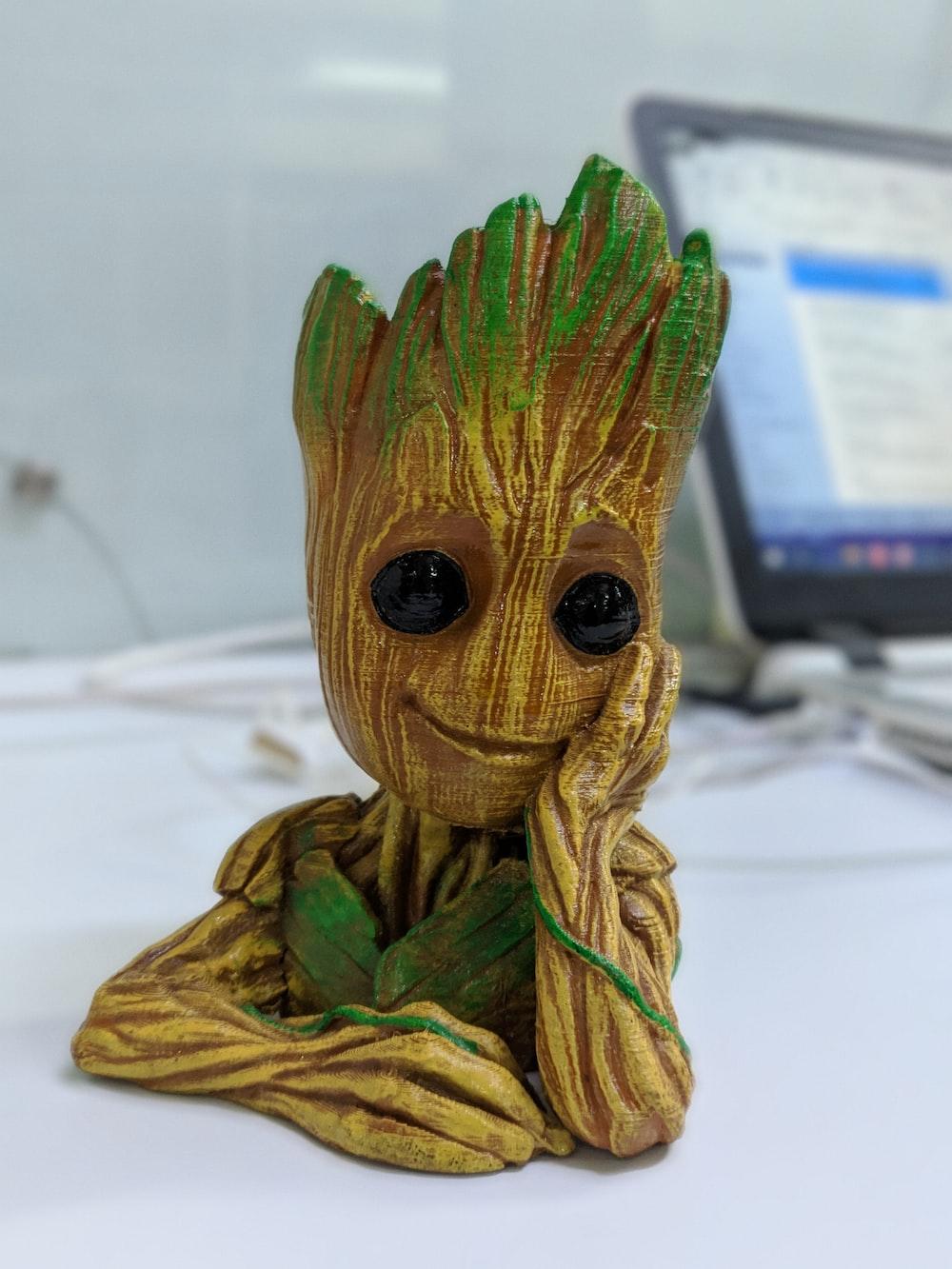 Groot figurine