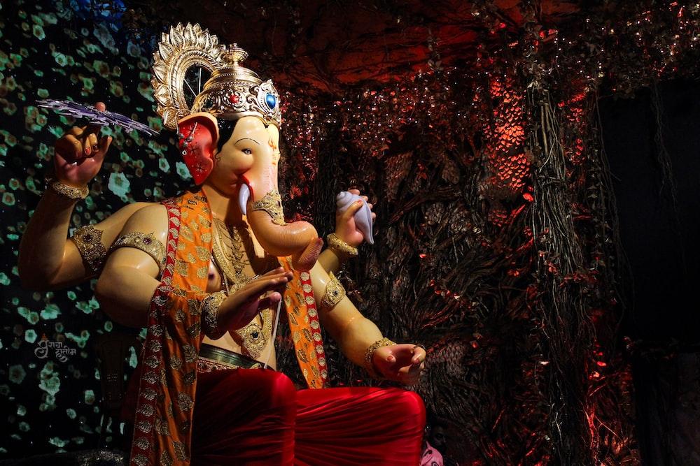 Ganesha statue photo
