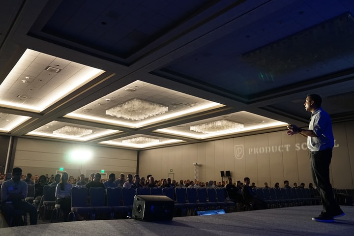 How to brief an event photographer for your conference