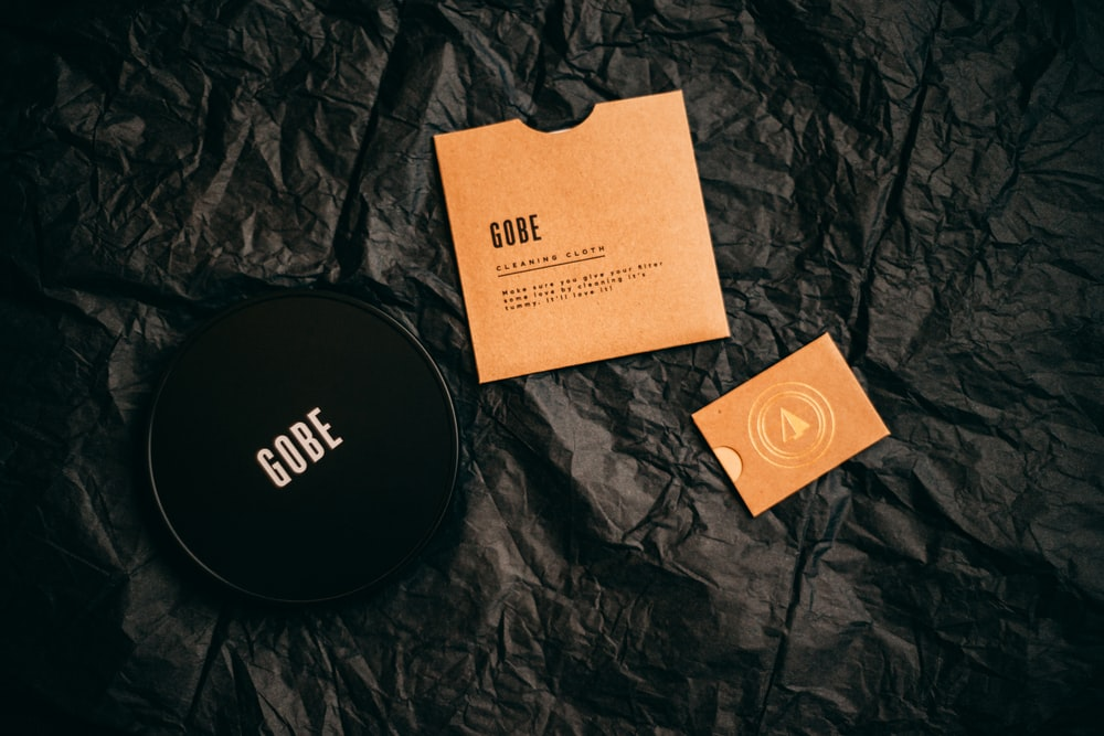 black Gobe container