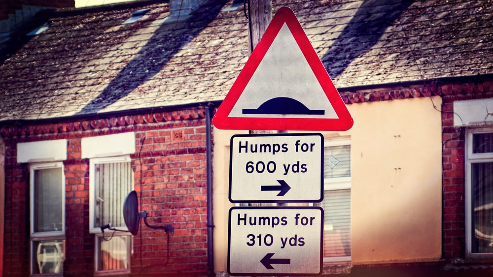 humps for 600 yards road sign